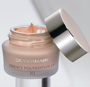 Essence Foundation UV JQ