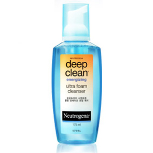 Deep Clean Energizing Ultra-Foaming Cleanser