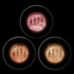 ARTY ROCKABEAUTY COLLECTION / BLUSH ON