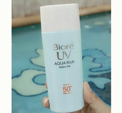 UV Aqua Rich Watery Gel SPF50+/PA++++